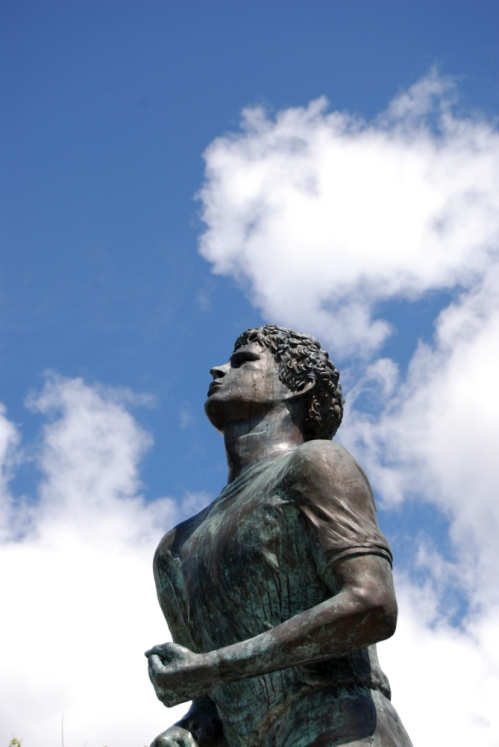 Terry Fox statue close-up